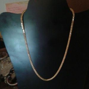 Vintage gold tone marked tpp designed chain